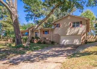 Foreclosed Home in Longview 75601 PRINCETON DR - Property ID: 4511464305