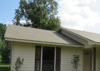 Foreclosed Home in Gilmer 75645 DAY LILY RD - Property ID: 4511605333