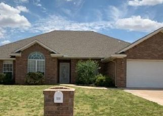 Foreclosed Home in Altus 73521 PEACOCK CIR - Property ID: 4511767387