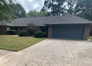 Foreclosed Home in Norman 73072 BRIARCREST DR - Property ID: 4511770454