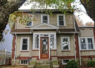 Foreclosed Home in Stratford 06615 MOHAWK ST - Property ID: 4511784916