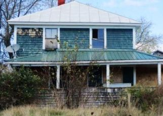 Foreclosed Home in Burnham 04922 TROY RD - Property ID: 4511818634