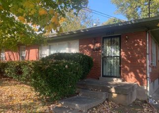 Foreclosed Home in Louisville 40216 AMBOY DR - Property ID: 4511861108