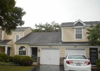Foreclosed Home in Elgin 60123 PEBBLE BEACH CIR - Property ID: 4511945195