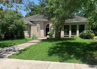 Foreclosed Home in Houston 77096 BRAESMONT DR - Property ID: 4512001255
