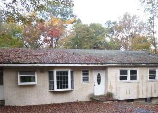 Foreclosed Home in Pearl River 10965 BLAUVELT RD - Property ID: 4512024481