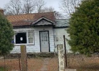 Foreclosed Home in Hurlock 21643 ELWOOD CAMP RD - Property ID: 4512043760