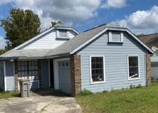 Foreclosed Home in Apopka 32712 SWALLOW CT - Property ID: 4512049896