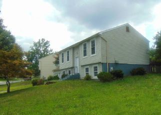 Foreclosed Home in Upper Marlboro 20774 AVIS DR - Property ID: 4512052959