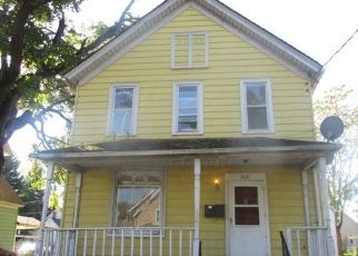 Foreclosed Home in Kenosha 53143 62ND ST - Property ID: 4512077475