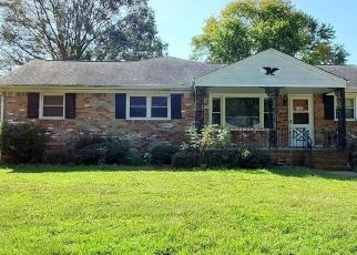 Foreclosed Home in Chesapeake 23321 GREENDELL RD - Property ID: 4512106826