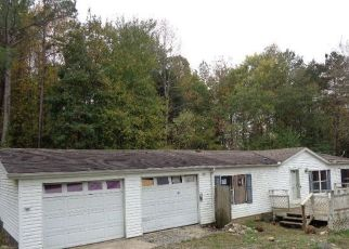 Foreclosed Home in Kingston 37763 SUNSET VIEW DR - Property ID: 4512124780