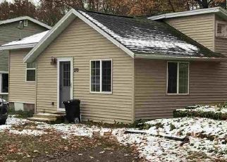 Foreclosed Home in Marquette 49855 NORTHWOODS RD - Property ID: 4512269749