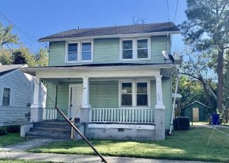 Foreclosed Home in Portsmouth 23704 CHARLESTON AVE - Property ID: 4512369607