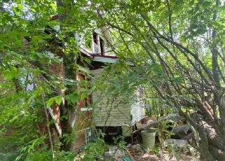 Foreclosed Home in Detroit 48205 CEDARGROVE ST - Property ID: 4512602157