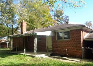 Foreclosed Home in Suitland 20746 MEADOWBROOK DR - Property ID: 4512820269