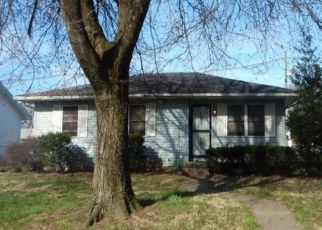Foreclosed Home in Evansville 47713 S GOVERNOR ST - Property ID: 4512831221