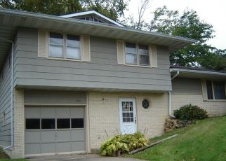 Foreclosed Home in Macomb 61455 DEBBIE LN - Property ID: 4512836930