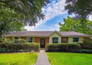 Foreclosed Home in Houston 77035 CARTAGENA ST - Property ID: 4512873265