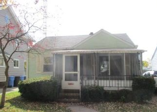 Foreclosed Home in Toledo 43611 104TH ST - Property ID: 4512892997