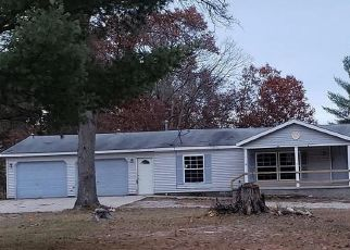 Foreclosed Home in Grayling 49738 LITTLE JOHN AVE - Property ID: 4512916638