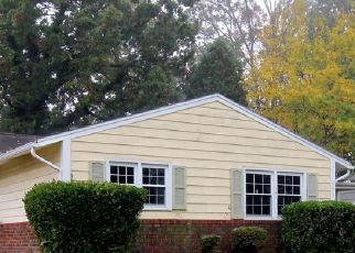 Foreclosed Home in Windsor Mill 21244 DERRICKSON RD - Property ID: 4512921899
