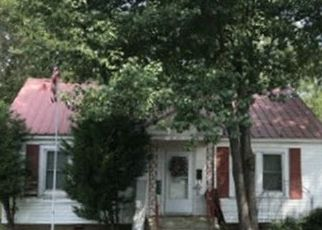 Foreclosed Home in Aliceville 35442 3RD AVE SE - Property ID: 4512949481
