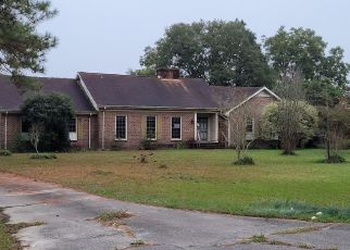 Foreclosed Home in Kinston 28504 ROUSE RD - Property ID: 4512950801