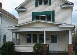 Foreclosed Home in Erie 16504 PERRY ST - Property ID: 4512957811
