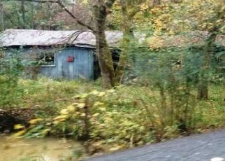 Foreclosed Home in Middlesboro 40965 HAPPY HOLLOW HILL RD - Property ID: 4513025691