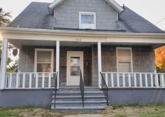Foreclosed Home in Rockford 61101 N CENTRAL AVE - Property ID: 4513047594