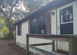 Foreclosed Home in Manteo 27954 JONES CIR - Property ID: 4513091833