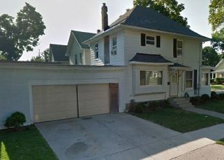 Foreclosed Home in Lansing 48915 W HILLSDALE ST - Property ID: 4513124221