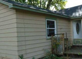Foreclosed Home in Evart 49631 RIVER BEND DR - Property ID: 4513131681