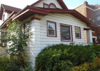 Foreclosed Home in Chicago 60651 W THOMAS ST - Property ID: 4513160133