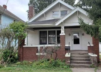 Foreclosed Home in Galesburg 61401 W MAIN ST - Property ID: 4513266572