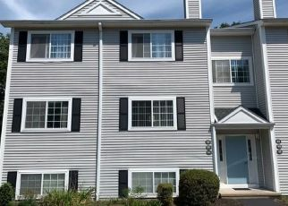Foreclosed Home in Waterford 06385 BOSTON POST RD - Property ID: 4513360741