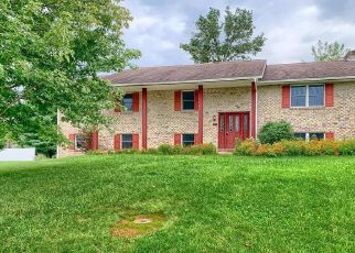 Foreclosed Home in Chambersburg 17202 WILLIAMSBURG CIR - Property ID: 4513410221