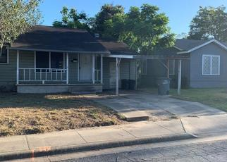 Foreclosed Home in Victoria 77901 E CRESTWOOD DR - Property ID: 4513415933