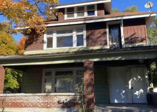 Foreclosed Home in Grand Rapids 49507 DICKINSON ST SE - Property ID: 4513718561