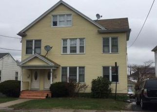 Foreclosed Home in Hartford 06114 NEWBURY ST - Property ID: 4513795648