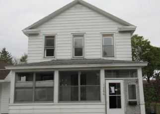 Foreclosed Home in Watervliet 12189 3RD AVE - Property ID: 4513806153
