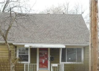 Foreclosed Home in Lansing 48915 WESTMORELAND AVE - Property ID: 4513908644