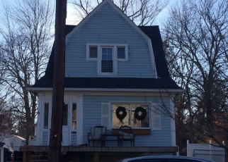 Foreclosed Home in Audubon 08106 MAPLE AVE - Property ID: 4513976534