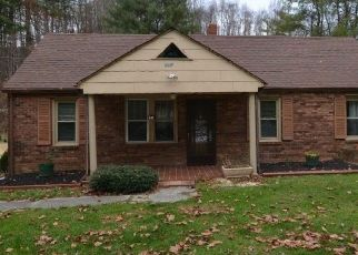 Foreclosed Home in Lansing 28643 PINEY CREEK RD - Property ID: 4514060172