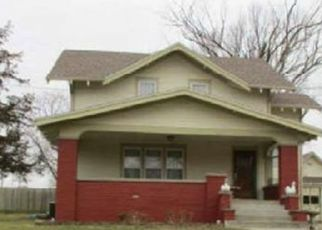 Foreclosed Home in Bethany 64424 SOUTH ST - Property ID: 4514077253
