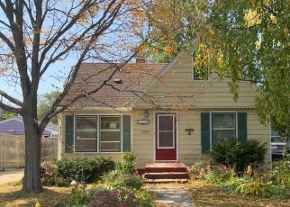 Foreclosed Home in Saint Paul 55106 FLANDRAU ST - Property ID: 4514080323