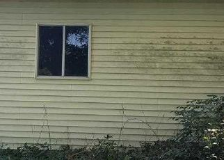 Foreclosed Home in Applegate 48401 TOWNSEND RD - Property ID: 4514088201