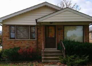 Foreclosed Home in Elmwood Park 60707 N 77TH CT - Property ID: 4514129377