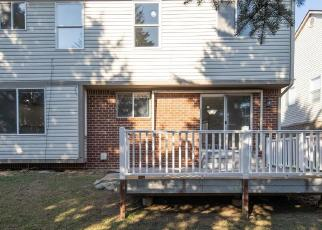 Foreclosed Home in Livonia 48150 BLAKE DR - Property ID: 4514388219